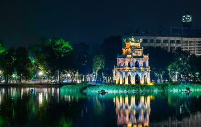 The heart of Hanoi – Hoàn Kiếm Lake, an interested site