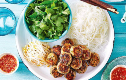 "How to cook ""Bun cha"" or grilled pork and vermicelli"