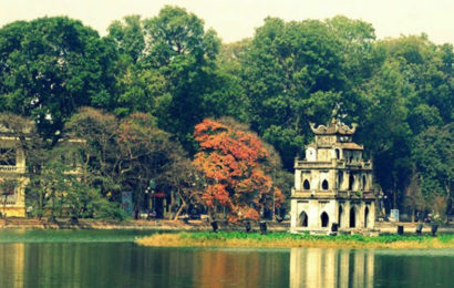 Beautiful images of Hoan Kiem Lake life and landscapes
