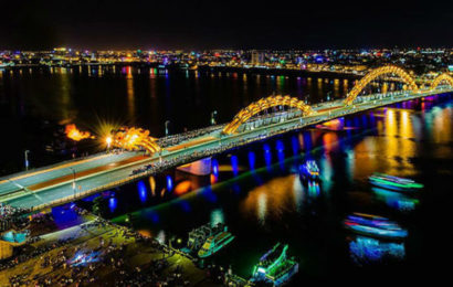 Dragon Bridge in Da Nang the modern bridge crosses the Han River
