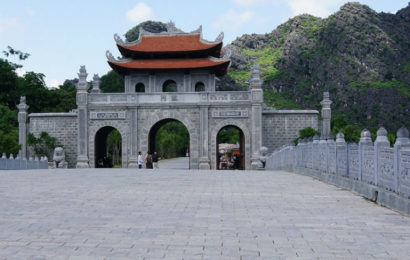 Hoa Lu Ancient Capital – old capital has a variety of historical places
