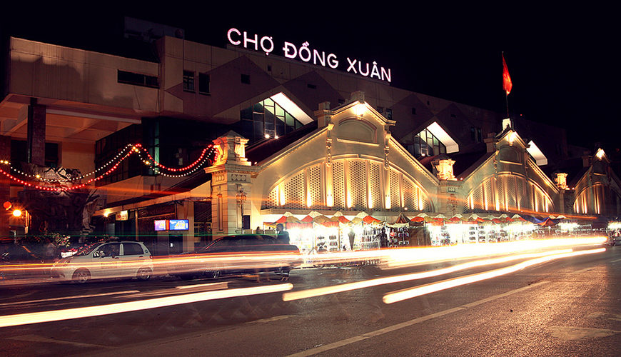 Dong Xuan Market – beautiful night site in Ha Noi Vietnam