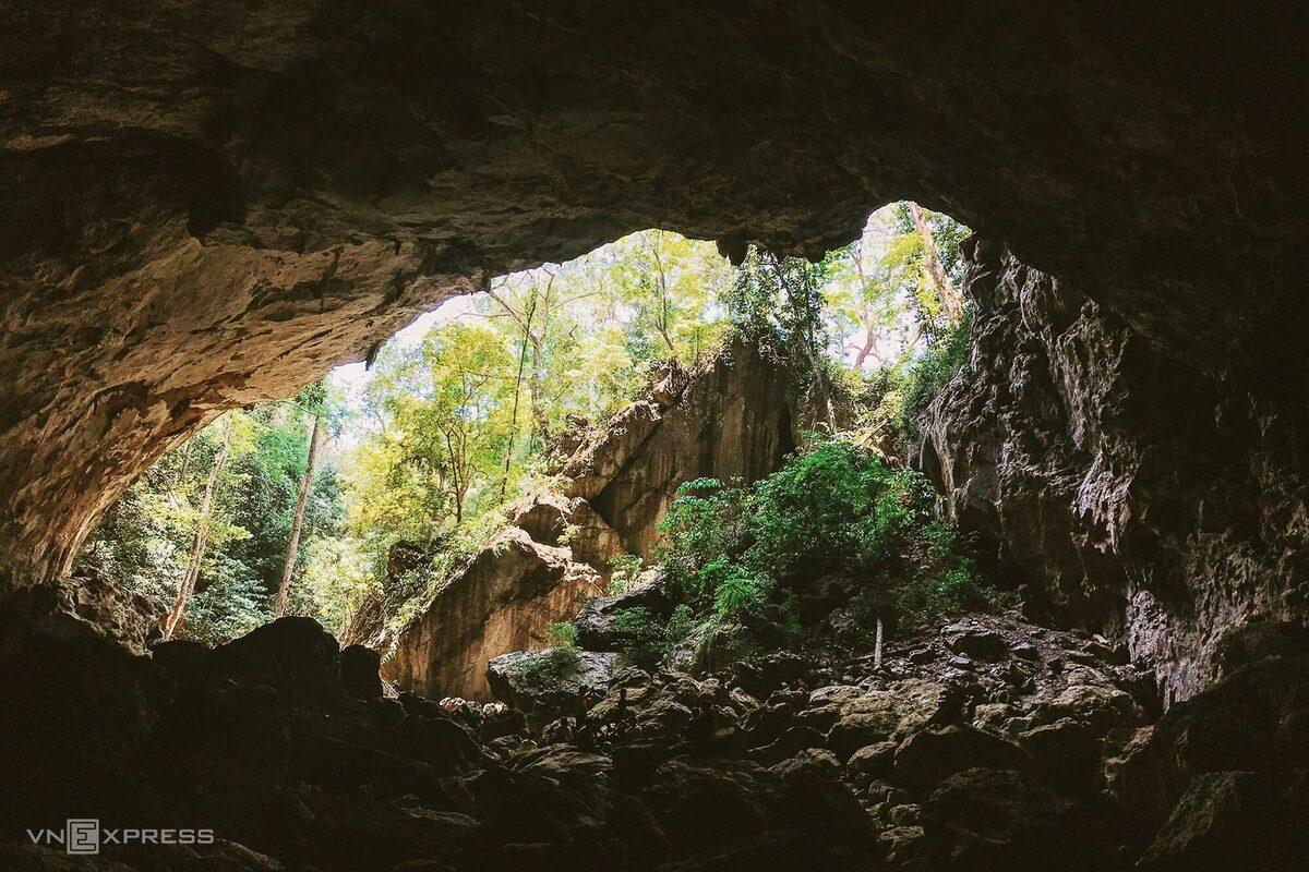 exploration-of-the-Phong-Nha-Ke-Bang-caves-and-Kong-Collapse-5