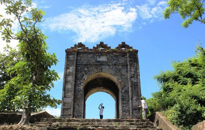 Hoanh Son Quan, named 'sky gate' border of Ha Tinh and Quang Binh